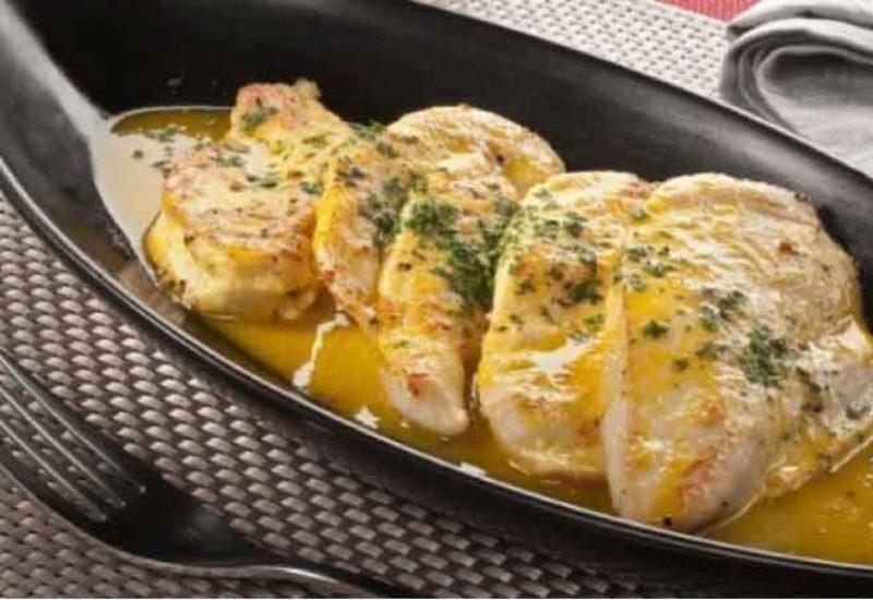 Filetes de pechuga de pollo al horno